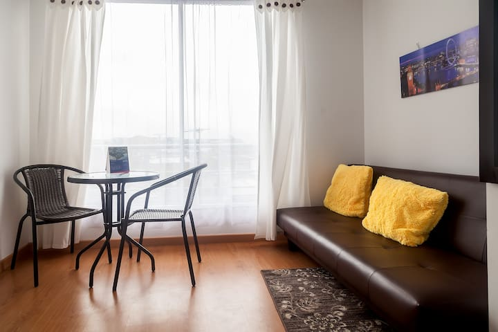 NEW APARTMENT NEXT TO THE AIRPORT AND TERMINAL - Bogota - Apartament