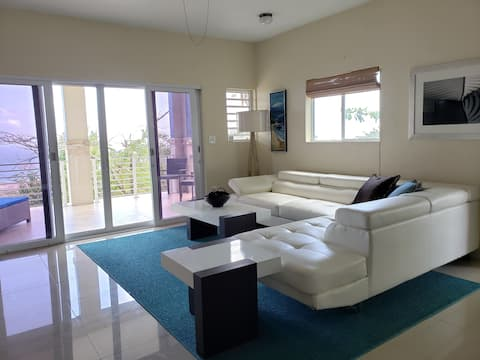 Villa Indigo 1BR Apartment in Private Gated Estate