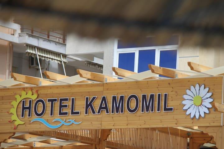 Durrës Hotel Kamomil