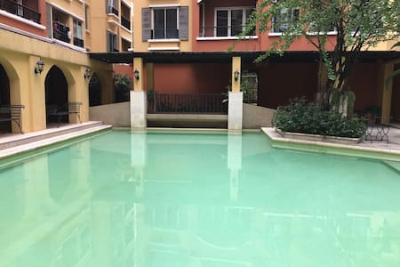 Super Nice Decoration 1 Bedroom with Gym&Pool - Bangkok