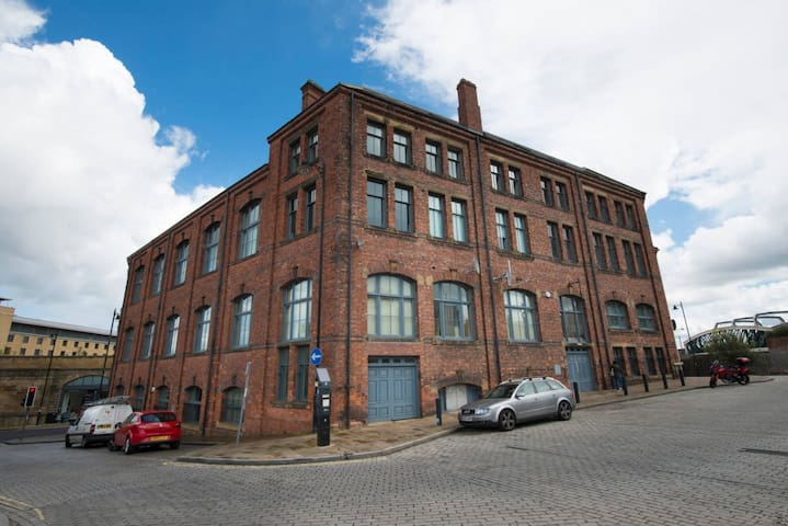 Cool Two Bedroom Apartment in the City Centre - Gateshead - Apartemen