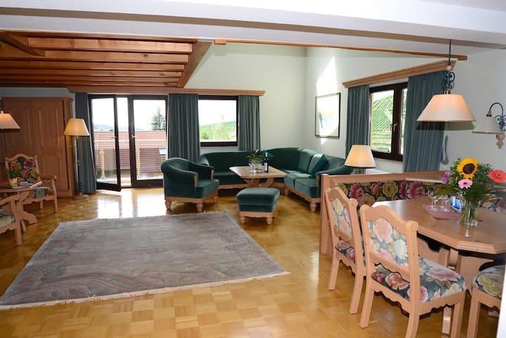 Residence am Weinberg, (Sasbachwalden), 3,5 Zimmer Maisonette Deluxe (120 m²)
