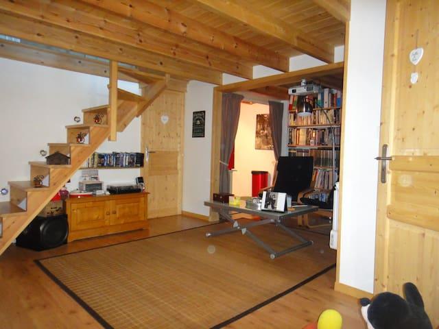 La chambre du Beffroi - Calais - House