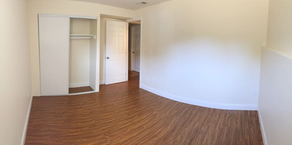 Recently renovated in-law unit/apt. - Millbrae - Apartamento