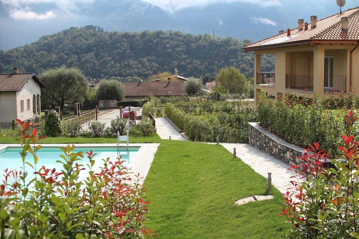 Via Volta Lenno - sleeps 4
