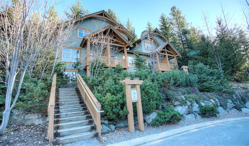 Slopeside Luxury Townhome on Blackcomb Mountain