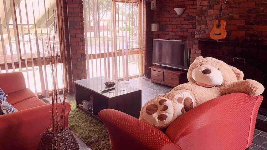 Happy Bear Inn —2 guests room