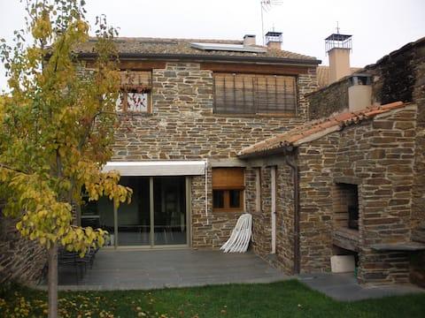 Casa Rural La Panera Verde-Bernardos (Segovia)