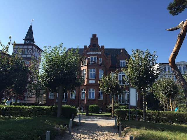 Villa Glückspilz direkt am Strand inkl. Strandkorb - Binz - Byt