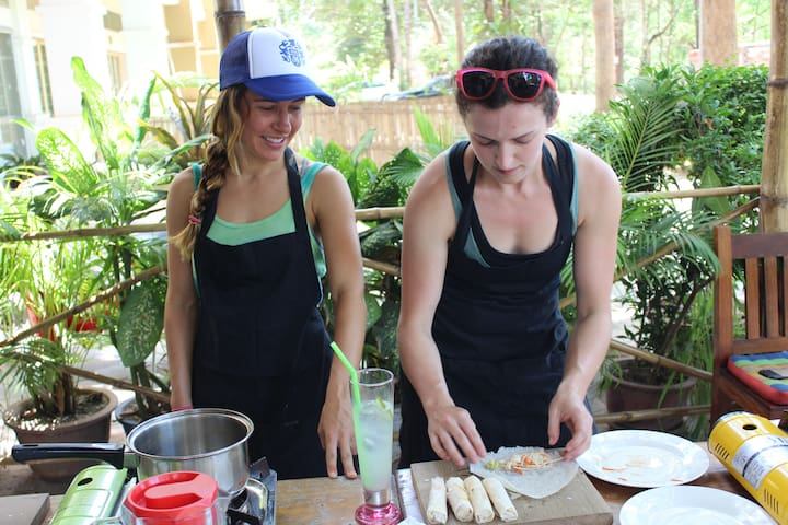 Discover Khmer Cooking Class 25$/pax free pickup