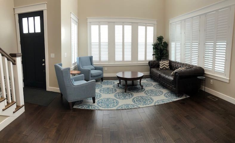 Newly built 5 bedroom home near Salt Lake City