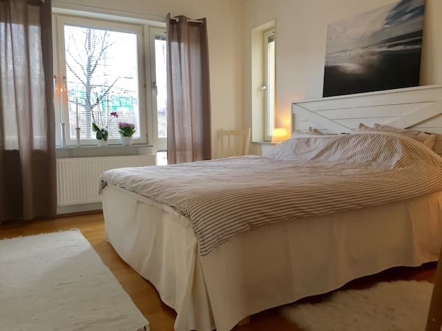 Big apartment close to the nature - Sundbyberg