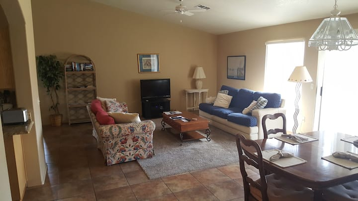 Beautiful large home, Rec Center, TDY rates avail