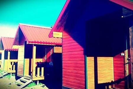 墾丁渡假小木屋6~我們不是走奢華的路線,但是絕對帶給你溫馨又放鬆的感覺 - 屏東 - Rumah