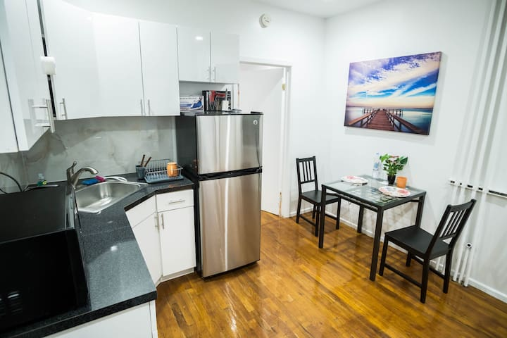 Cozy and Clean Apartment near Times Sq