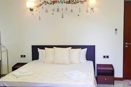 NEWLIFE Home Stay Room No.03