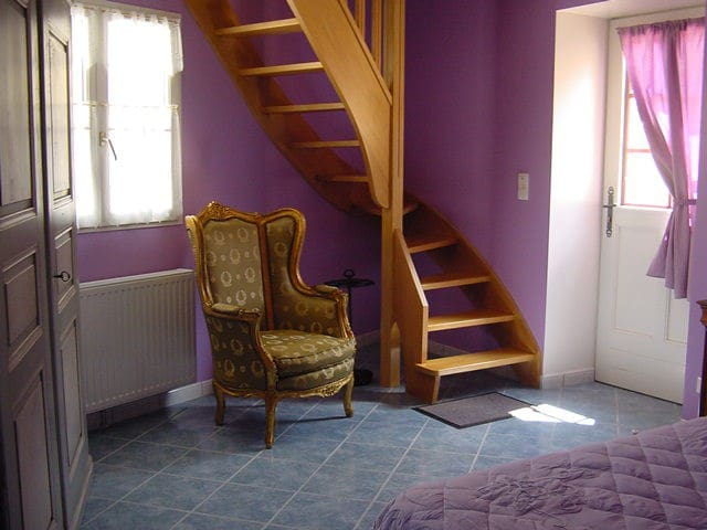 Chambre n°2 - Vézinnes - Bed & Breakfast