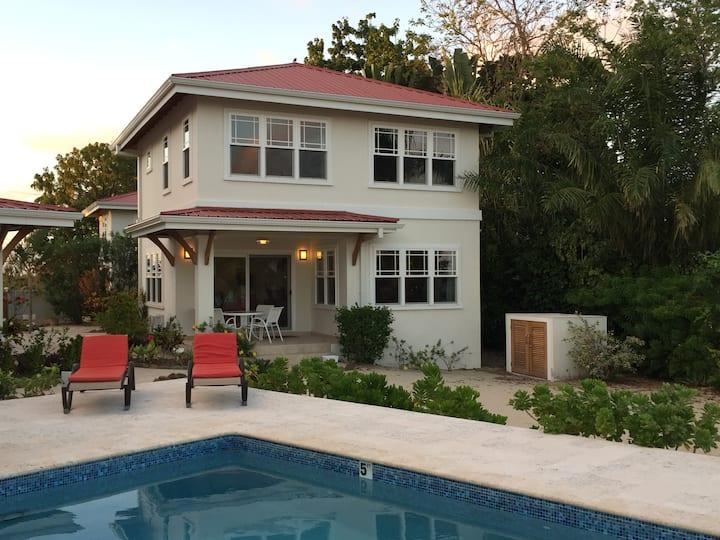 A private house on Aurora Beach