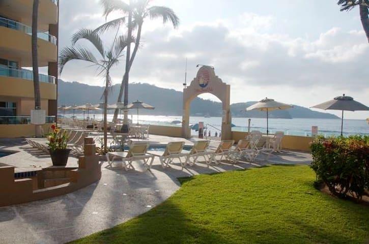 Condo 1002 en renta frente al mar - Rincón de Guayabitos