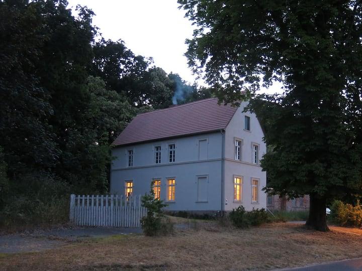 Wohnen im Gutshaus mit eigenem Bootshaus