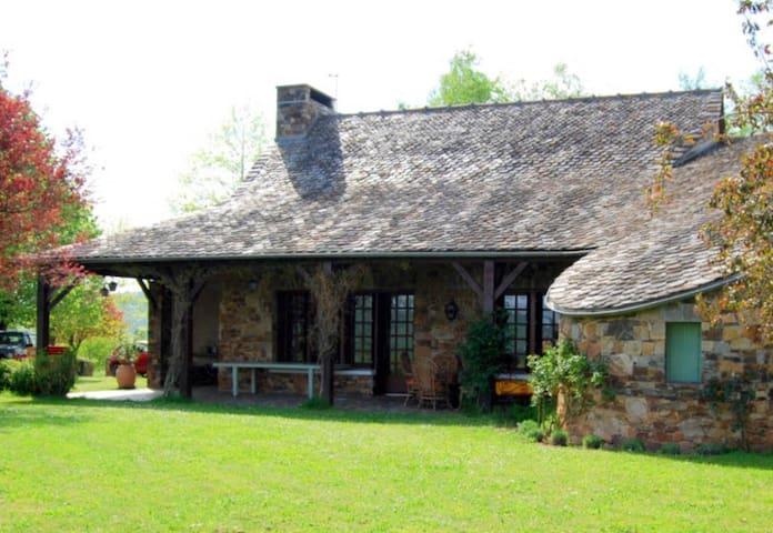 Caramaurel - Clairvaux-d'Aveyron - Rumah