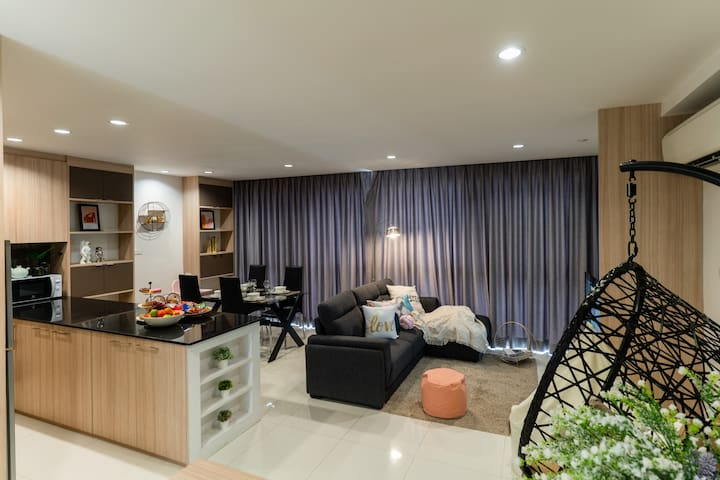 E3 ★2 BD/ kitchen/big living upto 7ppl★250m to BTS