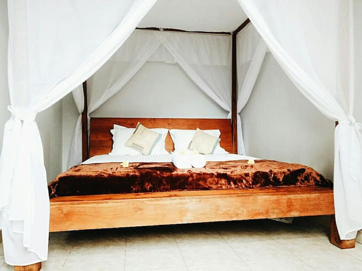 King size bed - Nice room in bali