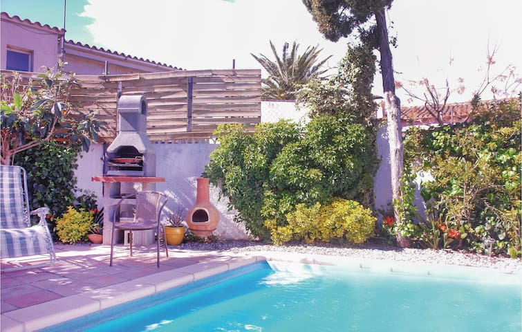 Semi-Detached with 3 bedrooms on 154m² in Vilacolum