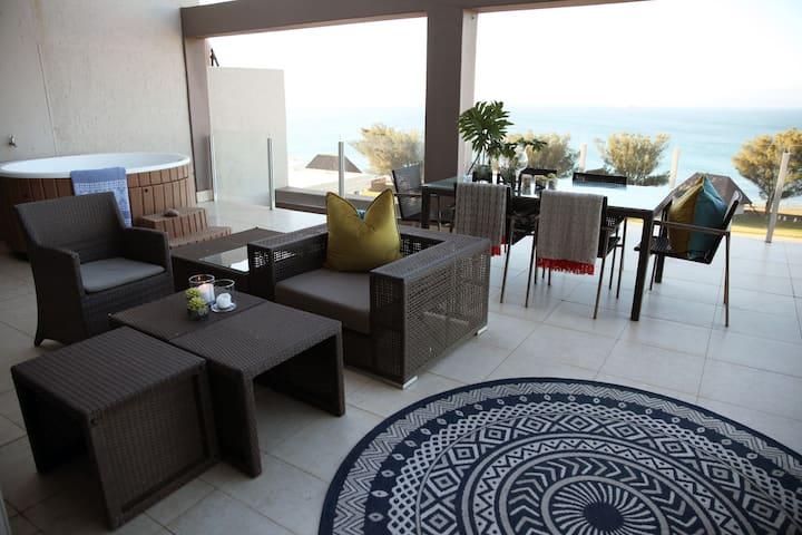 ITF Nautica Seaview Apartment