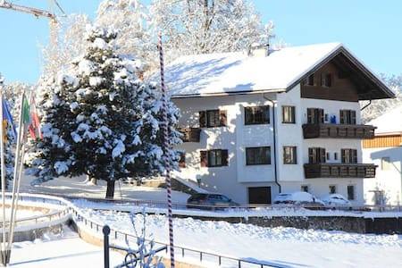 Großes Apartment in Zentrumnähe - Kastelruth - 아파트