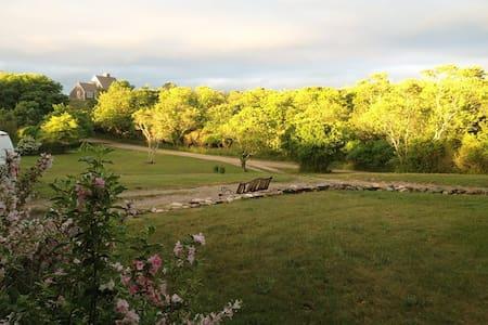 Beautiful Block Island Vacation Rental Home - New Shoreham - Casa