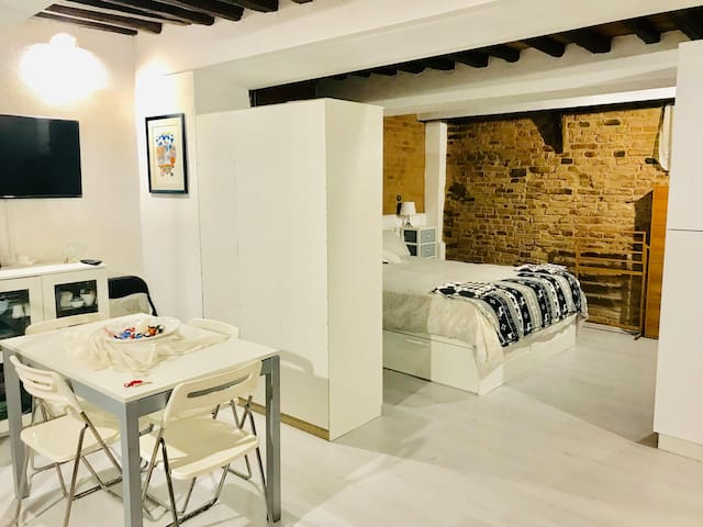 Residenza storica a 100 metri da Piazza del Campo
