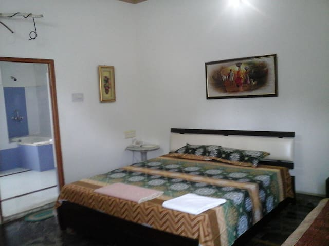 Perfect Stay Near Airport with Breakfast - Jodhpur