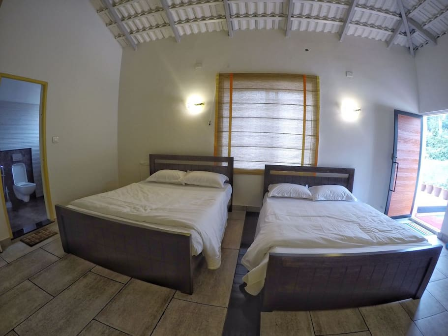 Luxury room rooms with 2 queen sized cots/quilts/bed sheets and a spacious attach bathroom