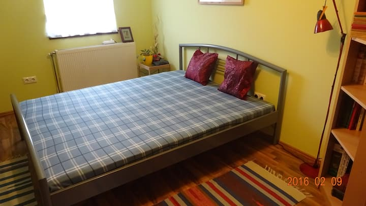 Cozy double room in great location