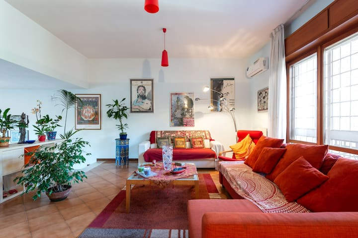 Quiet Country House in Rome city