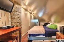 attic bedroom w queen
