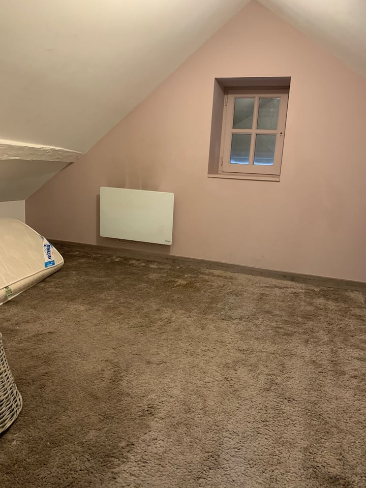 Petite maison à Mery sur Oise