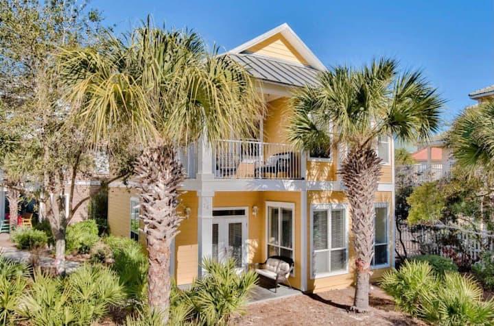 Sand'n Sea Cottage w/ Gulf View!