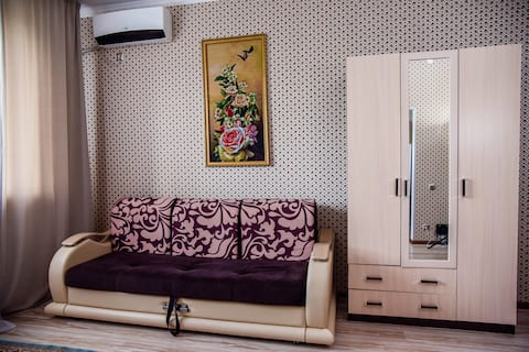 Одна комнатная чистая, уютная квартира