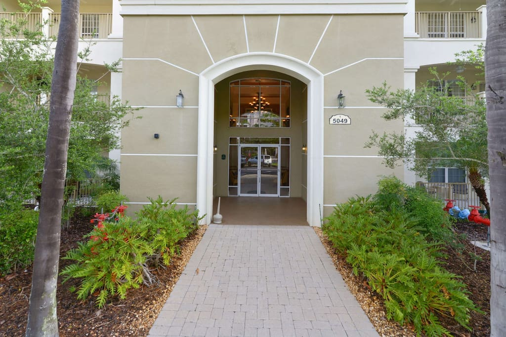 Step into the luxury of this upscale vacation condo on the Vista Cay Resort here in Orlando. The entrance is fitted with the SecurePASS digital key-less lock system for your added convenience and security.