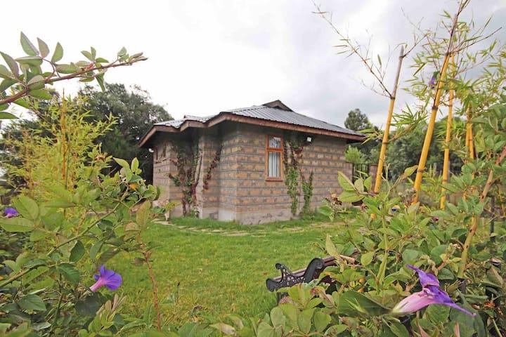 Cozy retreat - Bamboo 1 - Ole Samara in Nanyuki
