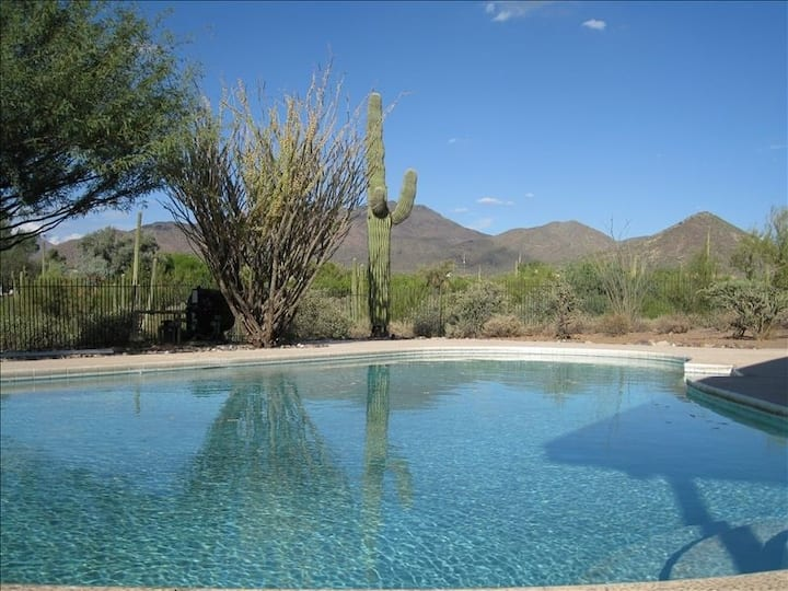 Ridgeway Ranch,  Old West Sonoran Desert Getaway