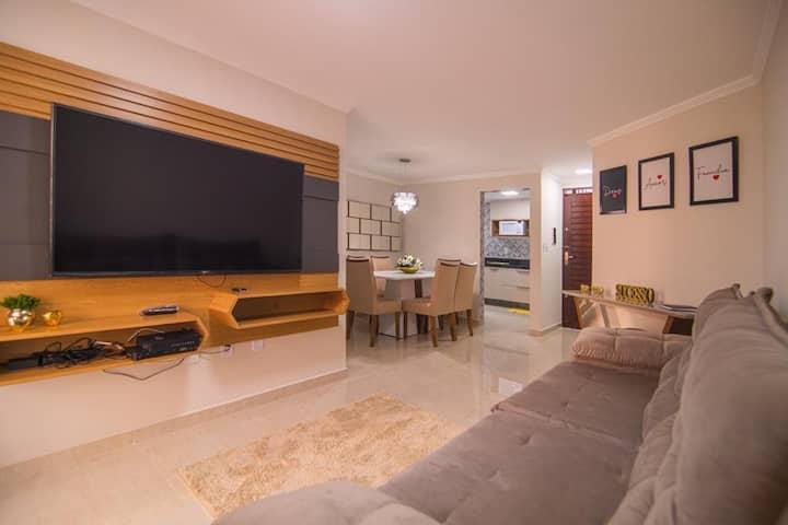 Apartamento no Bessa Mobiliado à 300m da Praia.