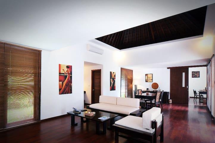 Stylish 1BR poolside room in Lombok - Batu Layar - Casa de camp