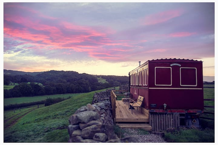 Flying Yorkshireman, railway carriage with views.