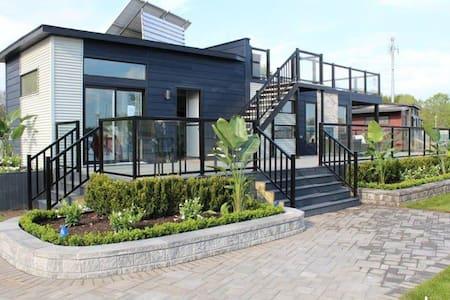 Le Resort Les Terrasses Montcalm à 35 Min. de MTL. - Sainte-Julienne - Bungalou