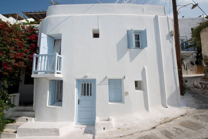 Sunday Summer House in Mykonos Town Best Location