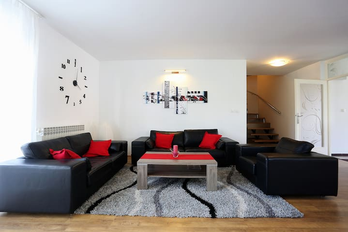 Villa near Airport Zagreb for 9 people