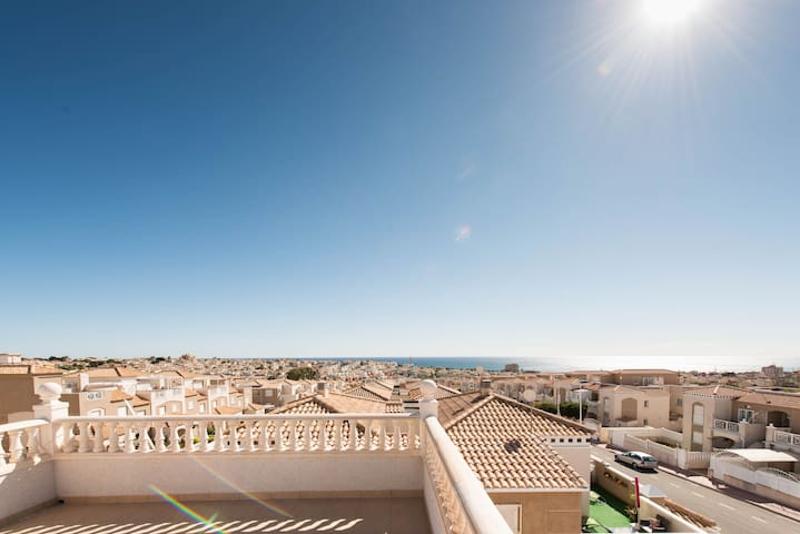 Amazing villa close to beach - Torrevieja - House